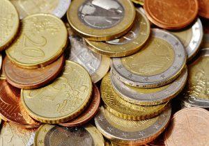 Banky a nebankovky investovali do reklamy na úvery a pôžičky rekordné sumy