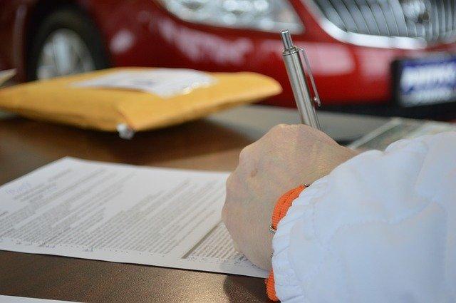 Predschválený úver v banke zobrať alebo hľadať lepšiu ponuku