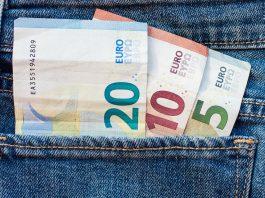 Každý desiaty človek nedokáže splácať úver